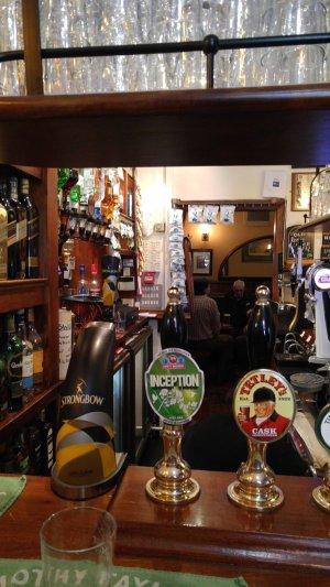 Roscoe Bar